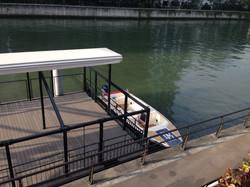 大阪河川の実験プログラムの一環で、中ノ島バンクスへ係留される予定です。