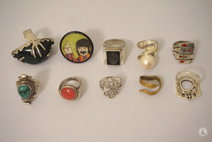 A look into my ring collection