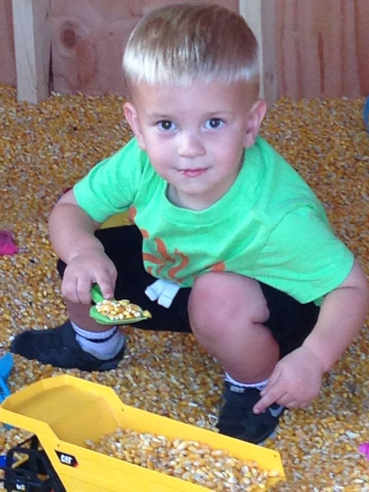 corn crib.jpg