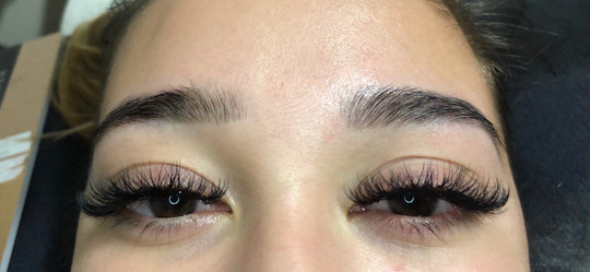 Lash tint and Hybrid lash extensions