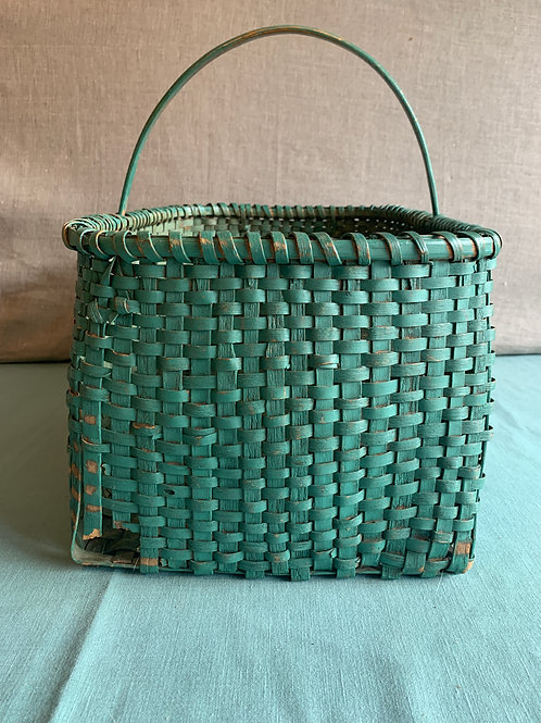 Large Gathering Basket in Old Green paint