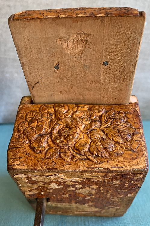 Unique  Folk Art Sewing Box/Pincushion