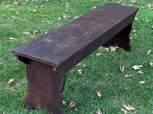 Early Pine Bench in Old Finish