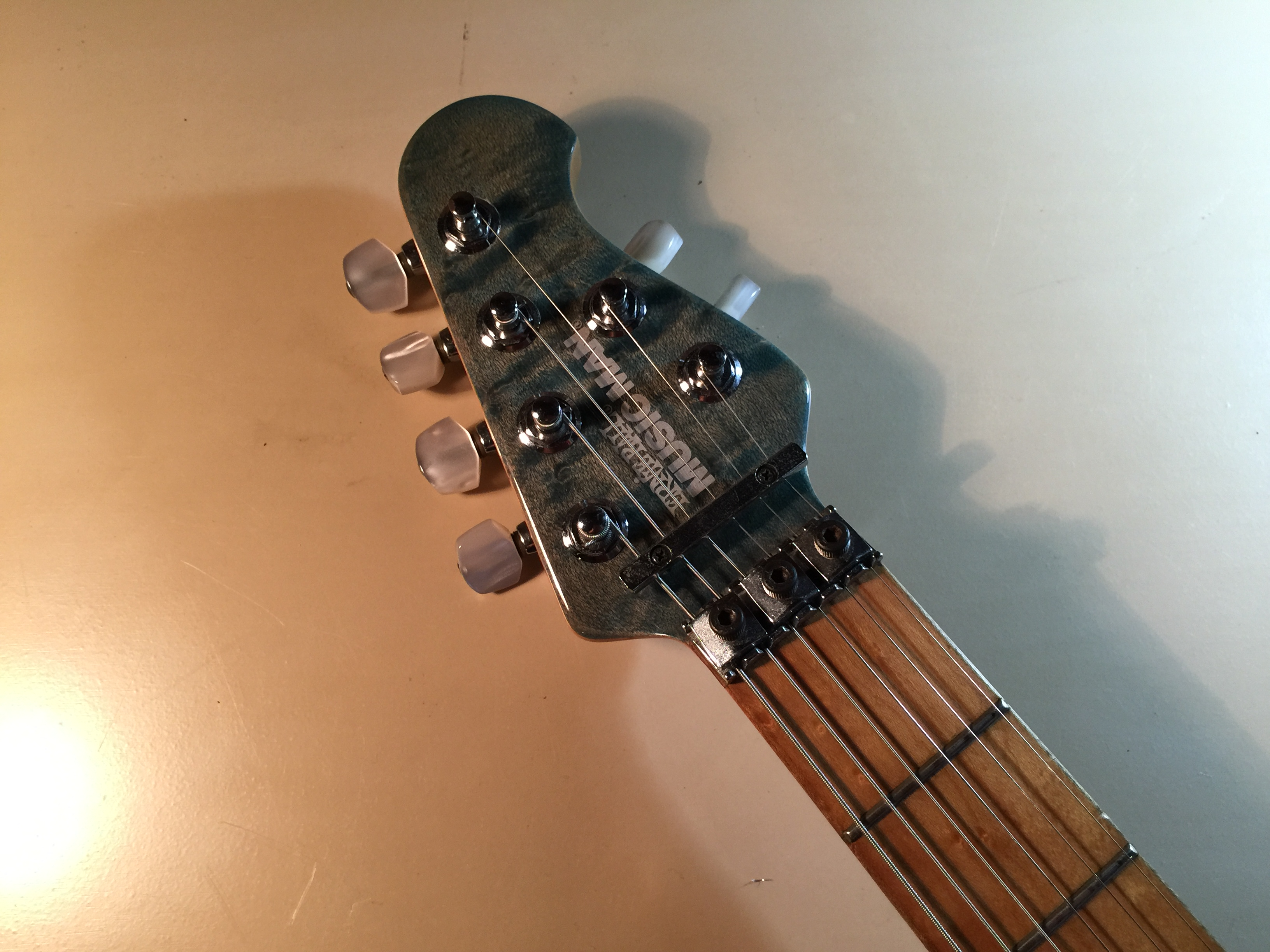 MUSIC MAN AXIS EX
