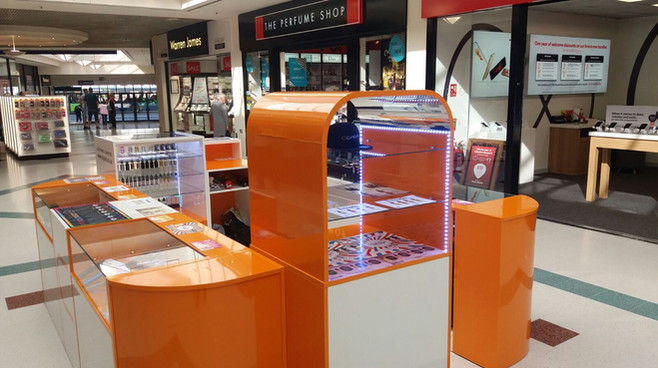 Cigara Design Kiosk by Dupont Latour
