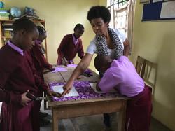 Kids Craft Activities - Volunteer