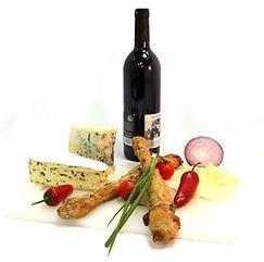 Wein und Käse als typische Auslöser für Histamin-Intoleranz