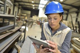 Mulheres na indústria: conheça esta tendência