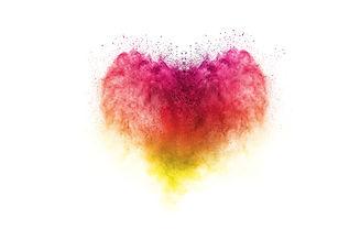 Freeze motion of heart shaped powder iso