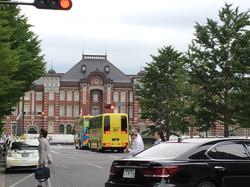 東京駅~国会議事堂あたりをウロウロしながら師匠待ち!