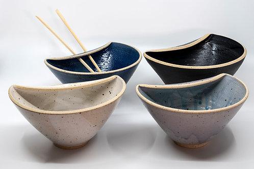 Reis Bowls mit Stäbchen