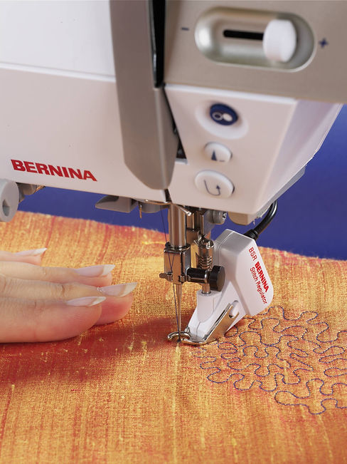 Bernina_215_Red-page-002.jpg