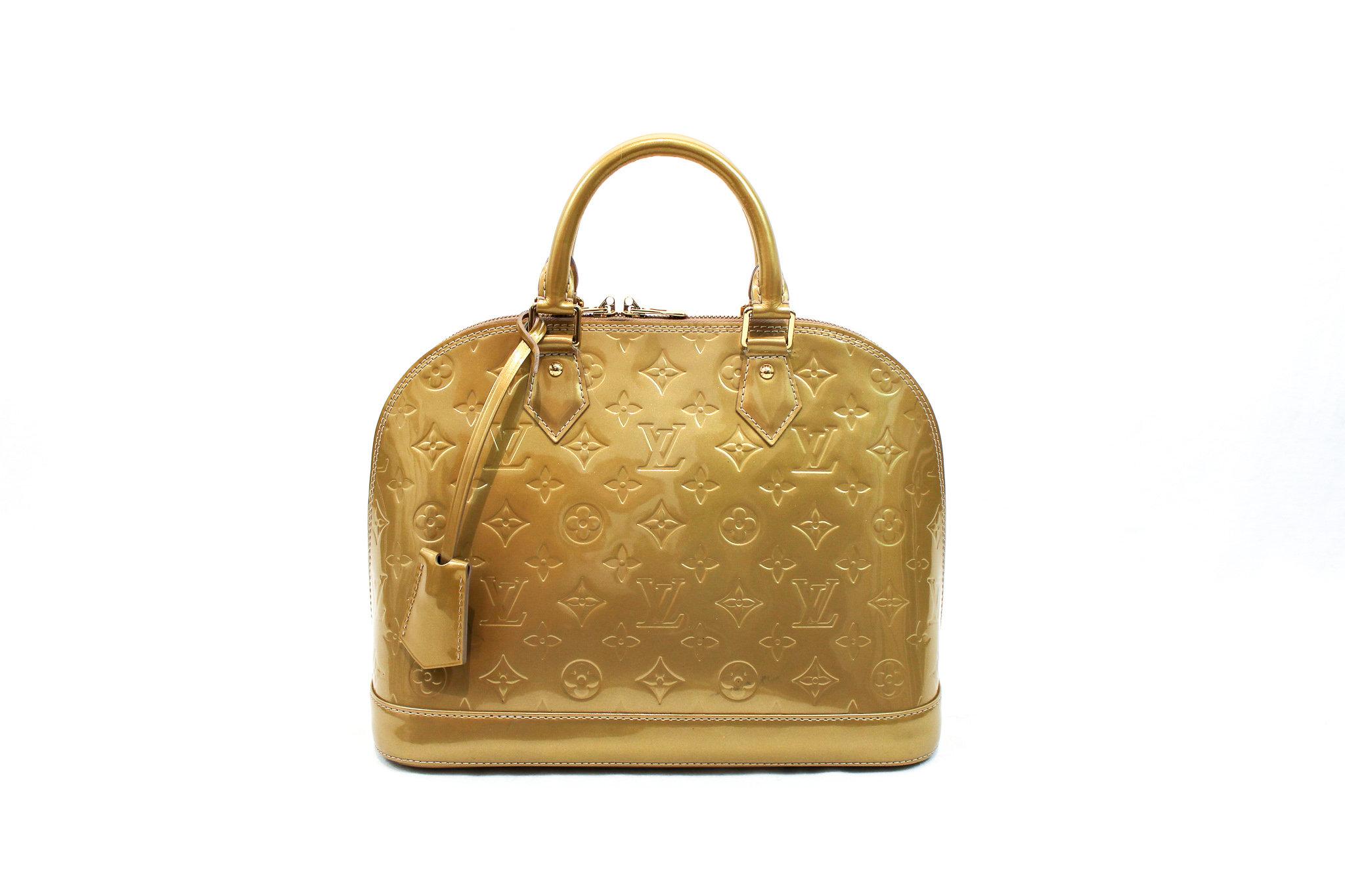 e0d65f06b966 Louis Vuitton Beige Poudre Monogram Vernis Alma PM Bag