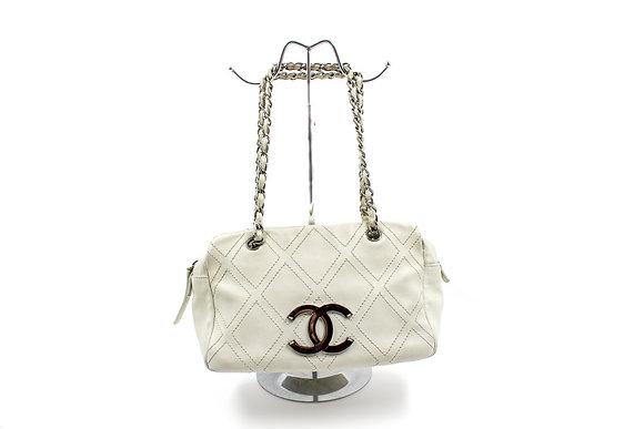 Chanel Diamond Ligne Stitched Bag