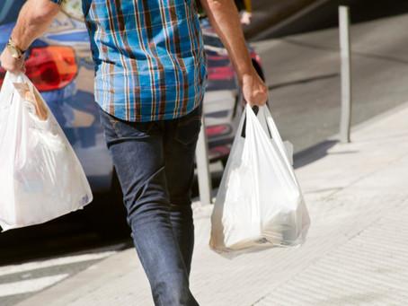 В Нью-Йорке наблюдается острая нехватка бумажных пакетов