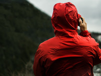 How to Choose a Rain Jacket for Beginner Backpackers