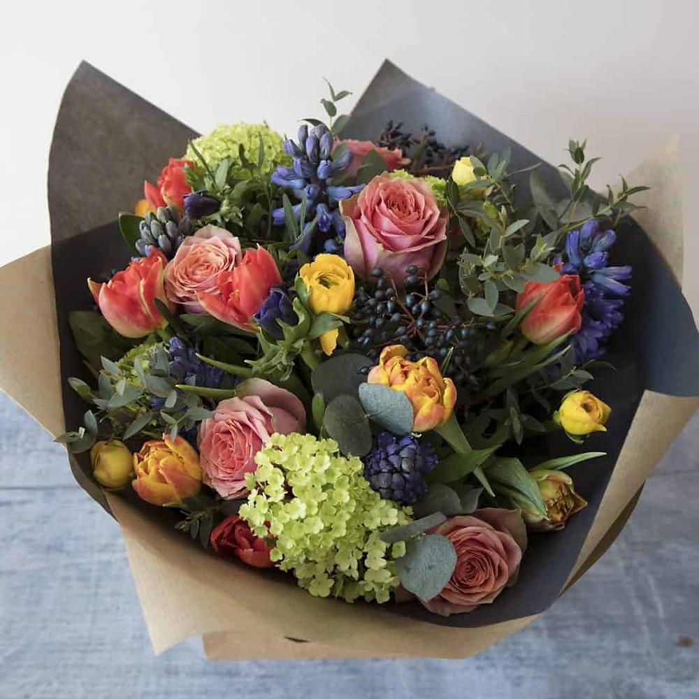 Bristol florist | Bristol flowers | Send flowers in Bristol | Bristol bouquet delivery | Order flowers in Bristol | Luxury Florist Bristol | Mother's Day bouquets bristol | Valentines Bouquet | Valentines Day
