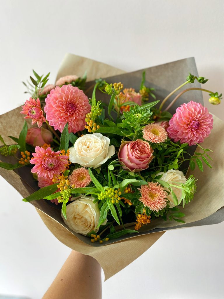 5 tips to keeping your flowers fresh