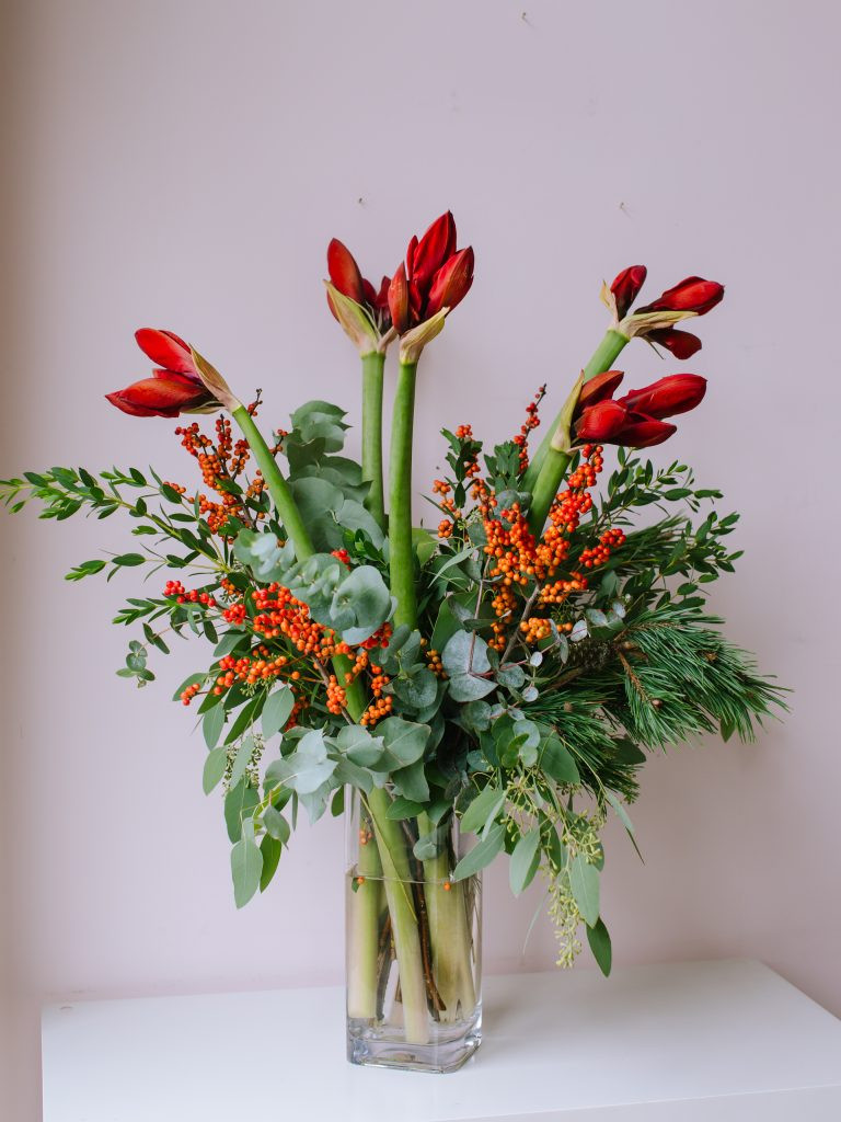 send Christmas flowers in Bristol