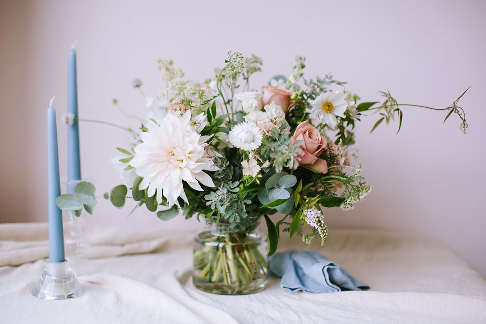 Neutral wedding flower inspiration