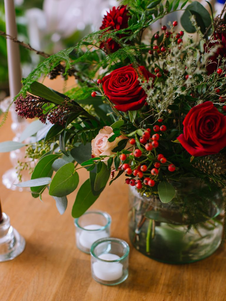 Christmas bouquet delivery Bristol