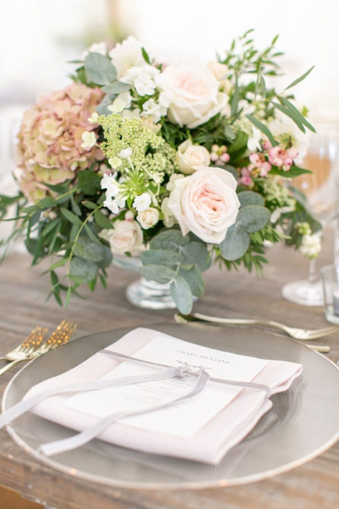 Summer glass urn table decorations
