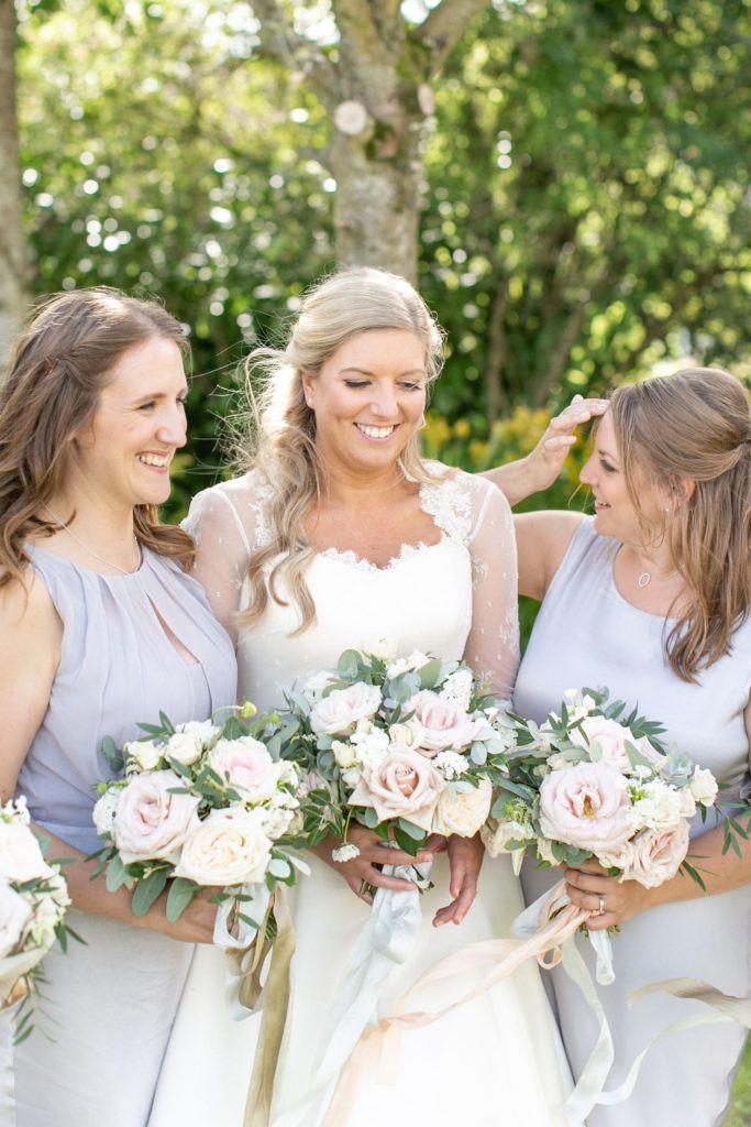 Blush summer wedding flowers