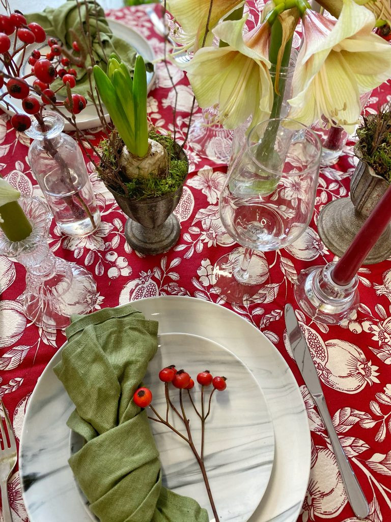 Christmas table styling
