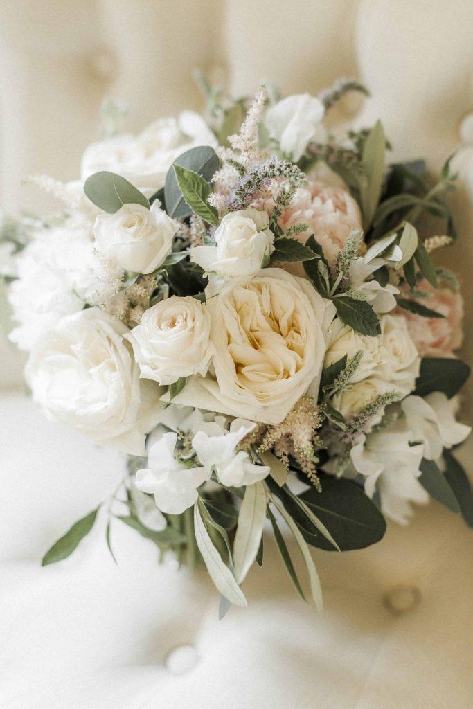 Caswell House wedding flowers - Caswell house - oxford florist - bristol florist - cotswold florist - luxury flowers - luxury wedding - fine art flowers