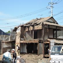 重伝建地区周辺の伝統的建物の取り壊しが後を絶たない、制度を駆使して保存の手を打とう