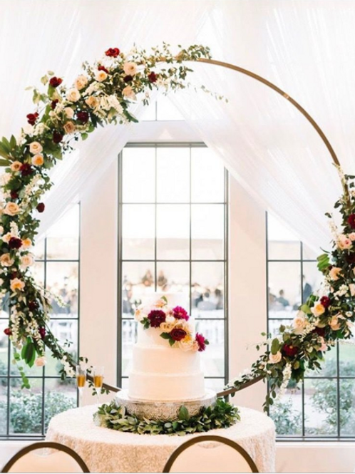 Round Backdrop Arch