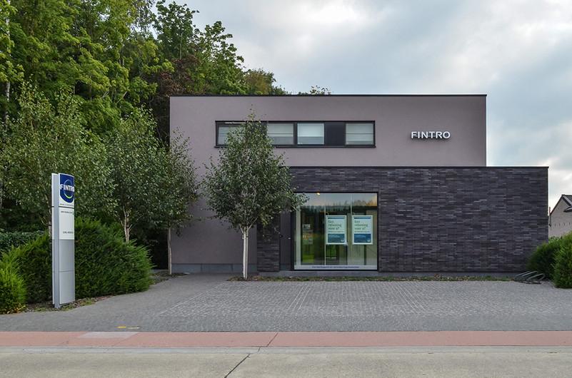 Fintro-Bankkantoor-Tielt-Winge-1-Anja-De