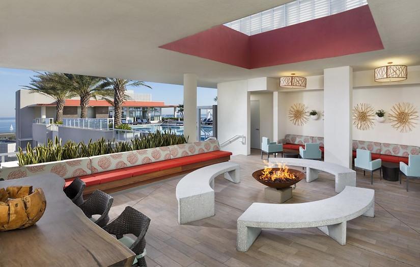 15camden-pier-district-apartments-stpete