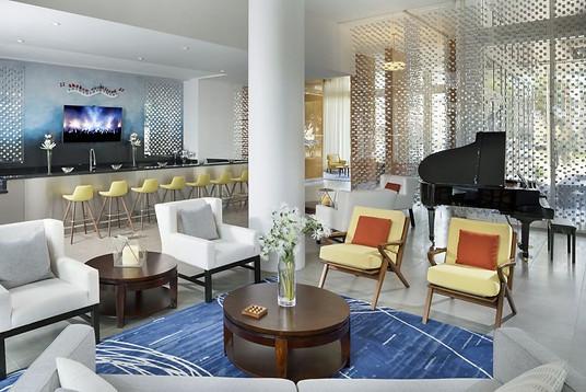 8camden-pier-district-apartments-stpeter