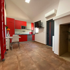 Salon cheminée rouge