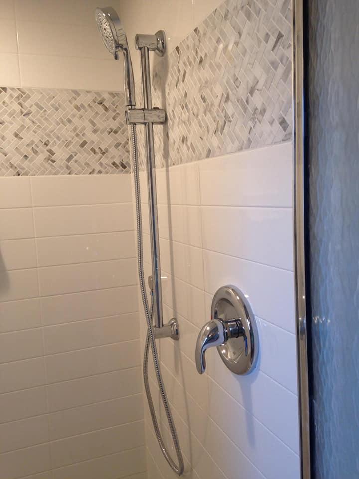 Country Club Estates Master Shower