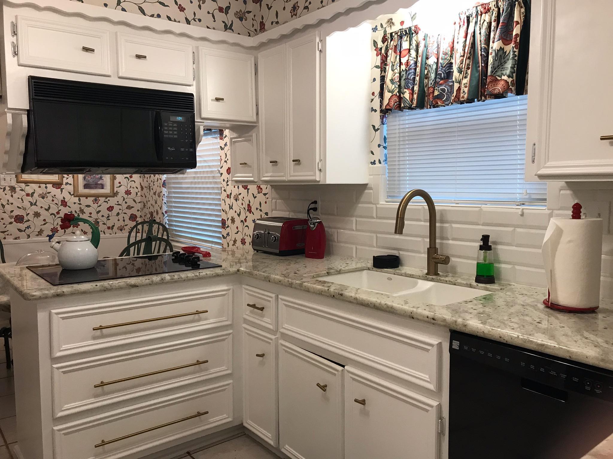 Country Club Estates Kitchen