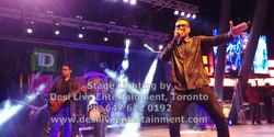 Stage Singer