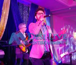 Live Singers Musicians