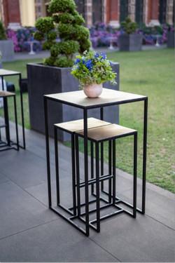 Brass poseur table VL