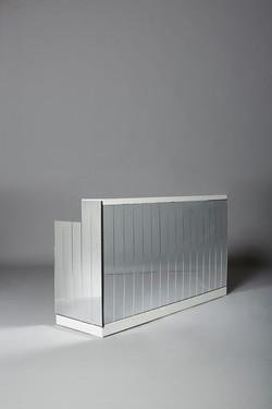 White 2m Mirrored Bar