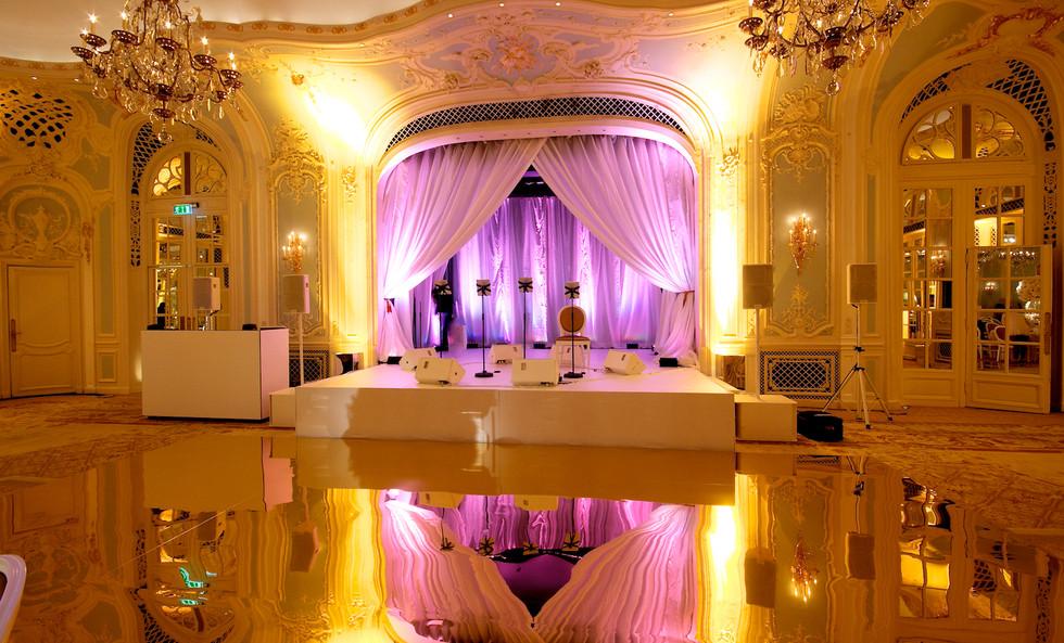 Gold Mirrored Floor