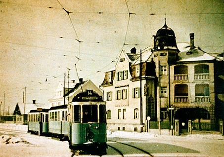 D-Tw 427 in der Pelkovenstraße einwärts 1938 münchen tram