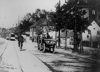 1915 Leopoldstrasse Stadtarchiv.jpg