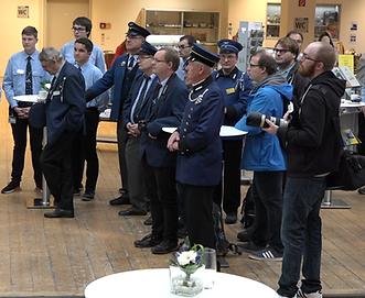 Unsere FMTM-Freiwilligen in Uniform betreuen das MVG-Museum tram münchen