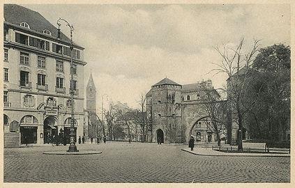 800px-München_Sendlinger_Tor_1913.jpg