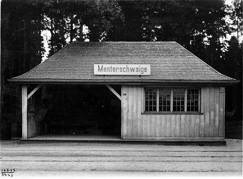 Wartehalle Menterschwaige-190825-VB-34.43.jpg