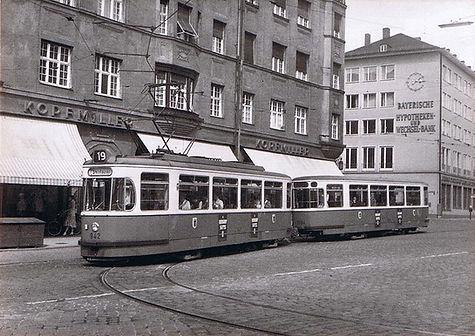 002)  Tram)  M4.65 - 942 {2466} + m4.65