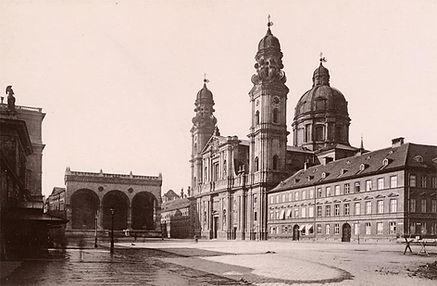 Baustelle Odeonsplatz.jpg