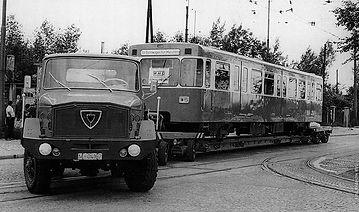 U-Bahn Anlieferung 1967.jpg